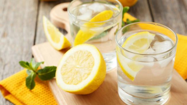 Limonlu su içmeniz 6 şifalı neden
