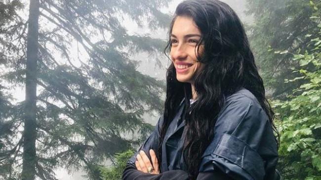 Hazar Ergüçlü, Seray Kaya ve Eslem Akar'dan gülümseten pozlar!
